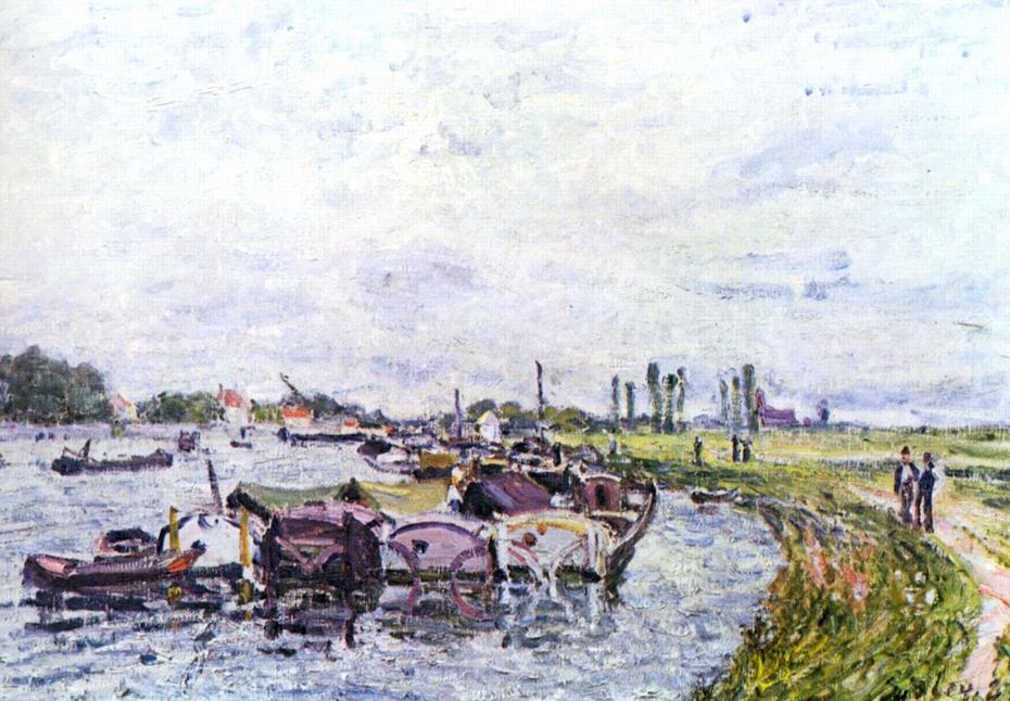 Barges in Saint-Mammès