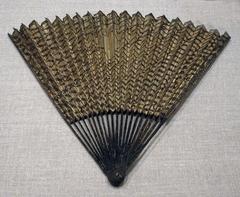 Folding Fan with Fishing Net Decoration