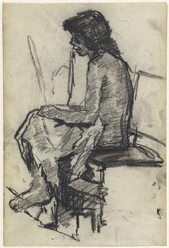 Schets van een naakt meisje, zittend met een doek over de knieën