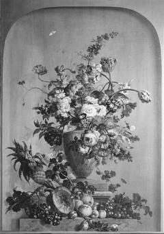 Sopraporta: stilleven met bloemen