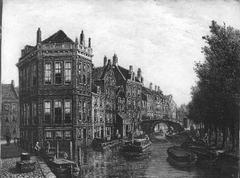 De Nieuwe Zijds Voorburgwal vóór de demping, tussen de Pijpenmarkt en de Weessluis (huidige no's 325 en 359)