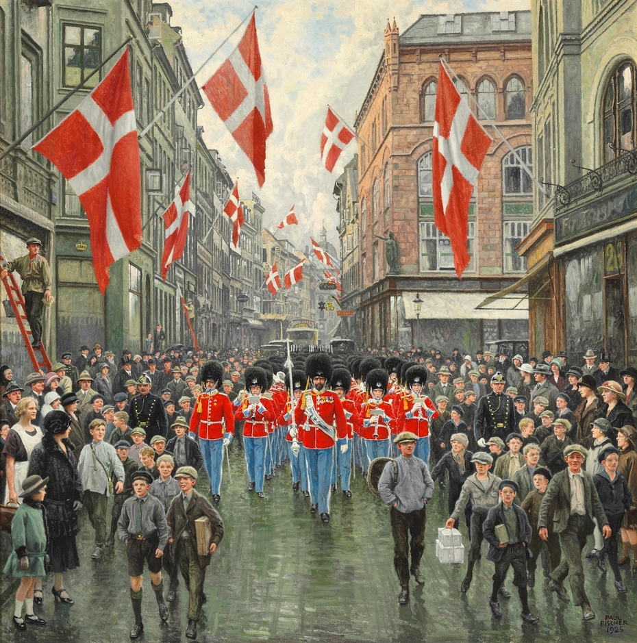 The King's birthday. The Royal Guard in red gala in Østergade