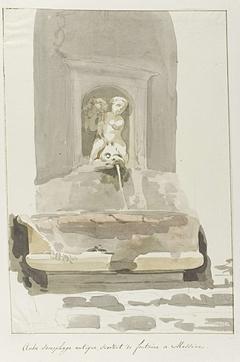 Oude sarcofaag als fontein in Messina